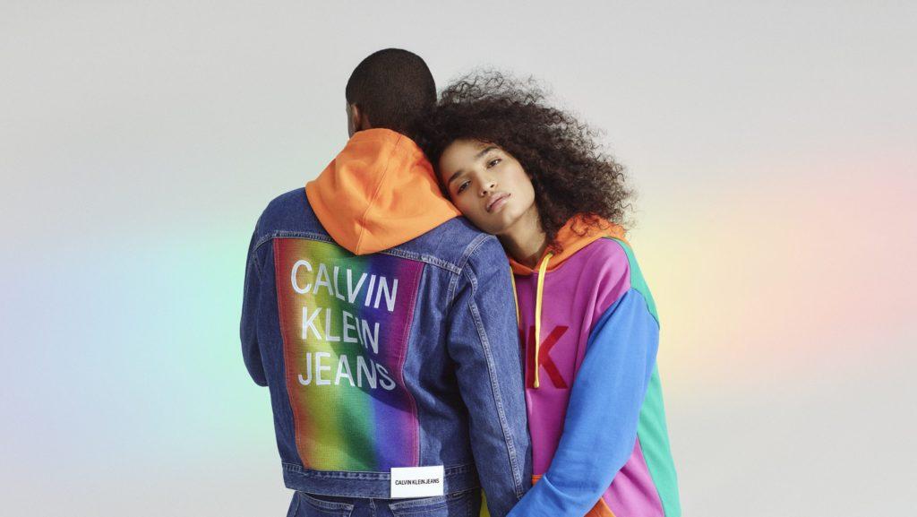 Calvin Klein為迎接同志驕傲月推出的 #proudinmyclavin 系列形象照。 (圖/Calvin Klein官網)