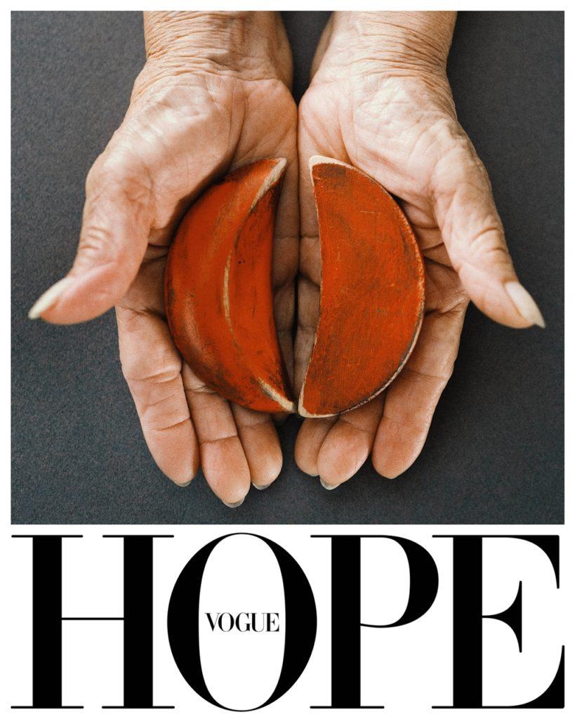 台灣VOGUE使用傳統擲筊來象徵希望。(圖/Vogue提供)
